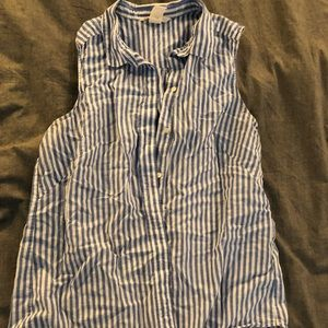 Sleeveless blue and white strip button up